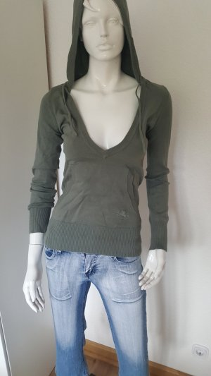 Camisa verde grisáceo