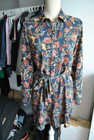 Lange Bluse mit Blumenprint