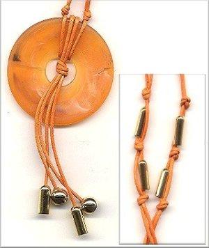 Lange Boho Hippi-Style Halskette in orange