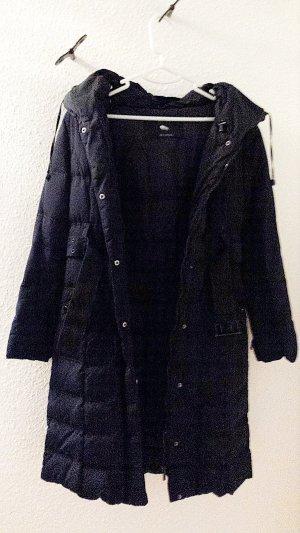Lange Daunenjacke mit Gürtel und Kapuze von Zara Woman in schwarz, Gr. S