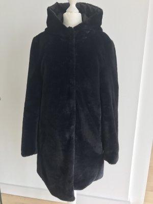 Abrigo de piel sintética negro