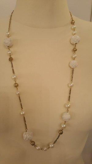 Collar blanco-color oro