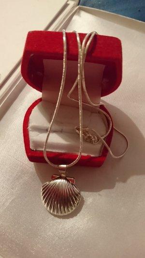 Lange Halskette 925 mit Muschel Anhänger