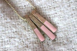 Lange Halskette mit Anhänger