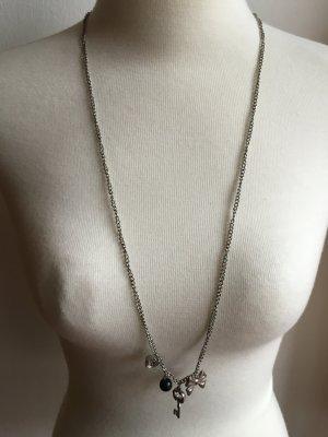 Lange Halskette mit vier Anhängern Schlüssel Schleife schwarze Perle Kristall