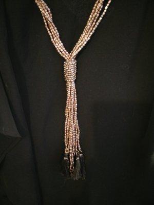 Lange Kette mit bronzefarbenen Perlen
