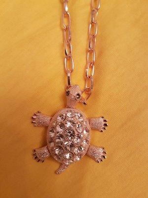 lange Kette, rose/goldfärbig mit süssem Schildkrötenanhänger