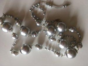 Lange Kette Silberoptik