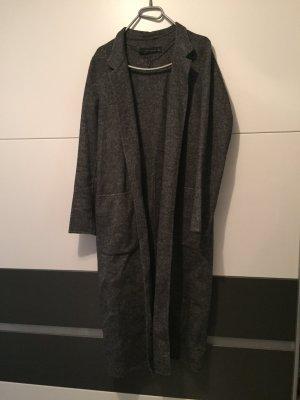 Lange Mantel von Zara Woman ganz neu.