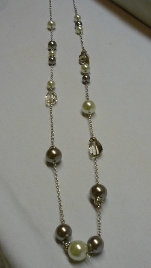 Tchibo / TCM Pearl Necklace multicolored metal