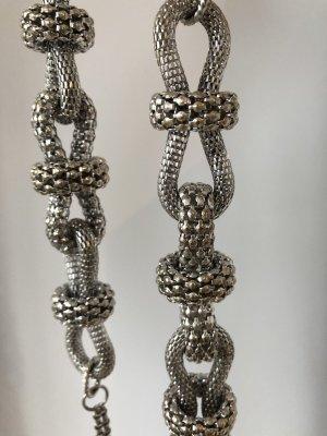 Lange Statement Halskette