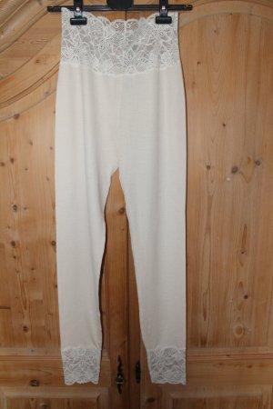Bottom cream wool