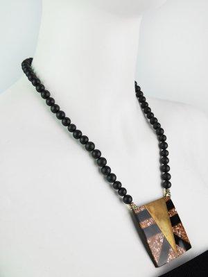 Lange Vintage Perlenkette mit quadratischem Anhänger