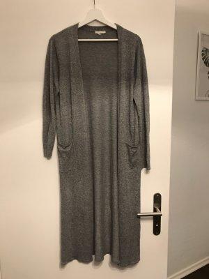 H&M Gilet long tricoté gris clair-gris