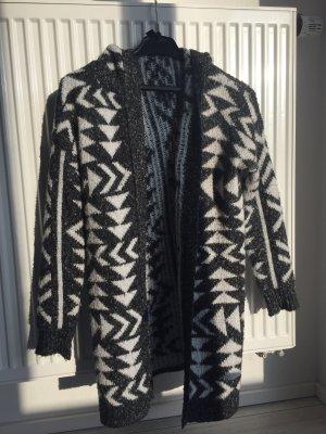 Wollen jas zwart-wit