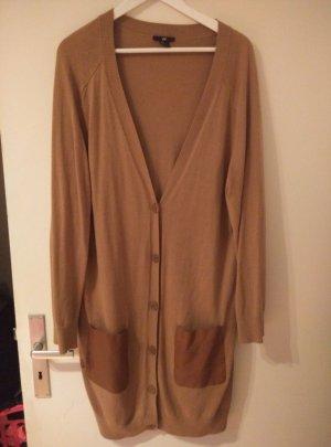 Langer Cardigan mit Taschenaufsätzen aus Leder von H&M