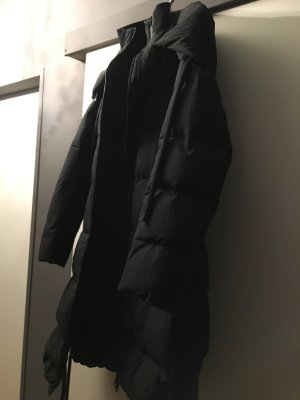 Zara Basic Donsjas zwart