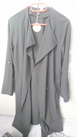 Langer, dünner, schwarzer Mantel