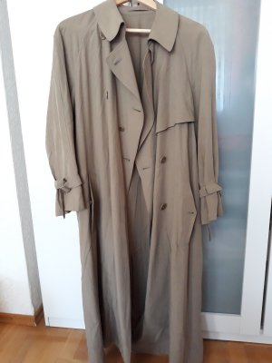 langer leichter Mantel