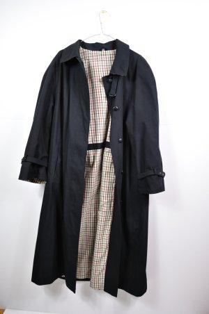 Langer Mantel in schwarz Vintage mit karierter Innenseite