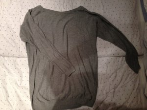 langer Pullover grau