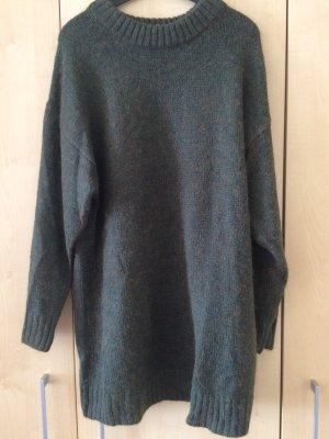 Langer Pullover in Khaki