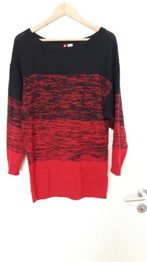 Langer Pullover in rot, schwarz