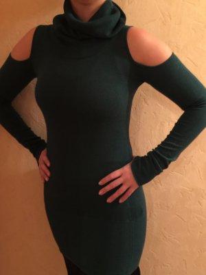 Langer Pullover mit offenen Schultern und Kragen