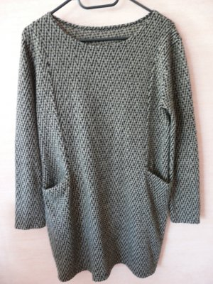 Langer Pullover mit Zick-Zack-Muster