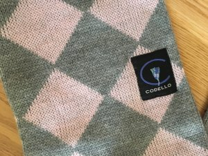 Codello Bufanda de punto gris claro-rosa claro