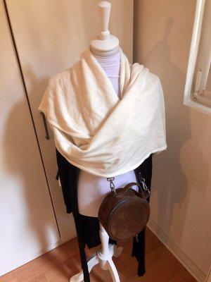 Langer Schal von ZARA in Cremeweiss