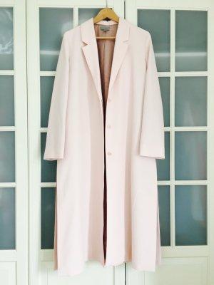 Langer, stylischer Mantel in Rosé, einmal zur Hochzeit getragen