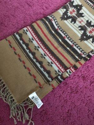 Langer warmes Schal