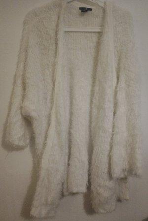 Langer Woll Cardigan
