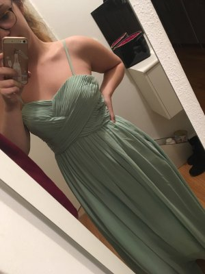 Langes Abendkleid in mintgrün