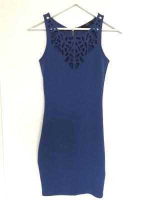 Langes blaues Kleid perfekt für Veranstaltungen