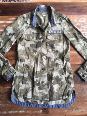 Langes Camouflage Hemd