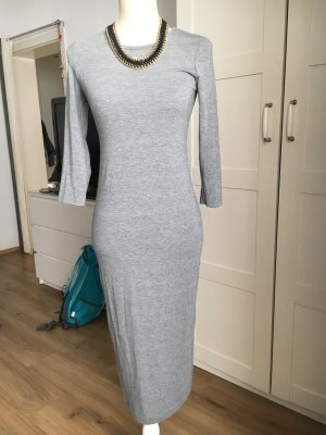 Langes figurbetontes Kleid in Grau