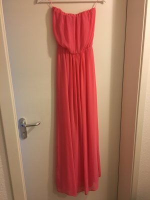 Langes fließendes Kleid in rosa