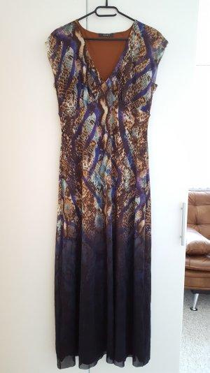 Langes, gemustertes Sommerkleid