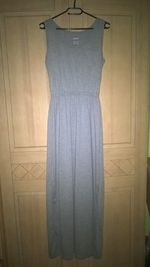 langes graues Sommerkleid