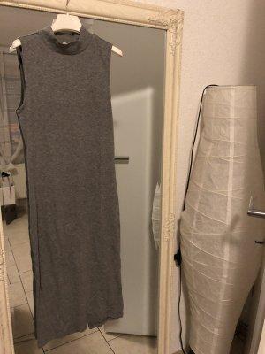 H&M Vestido de tubo color plata-gris