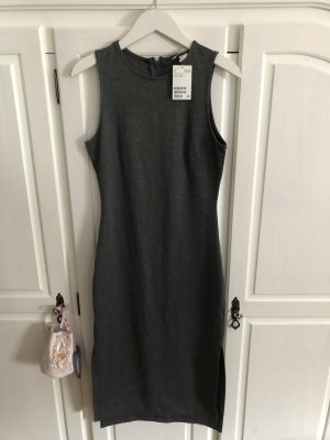 Langes Kleid in Größe S