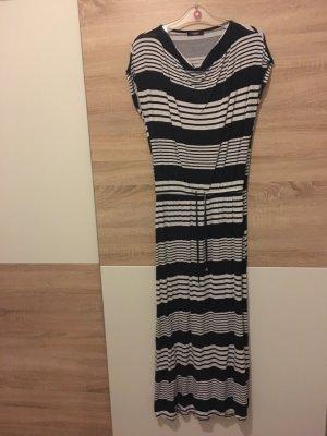 Langes Kleid in schwarz-weiß