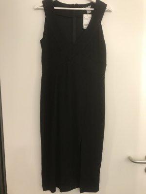 Langes Kleid mit Beinschlitz