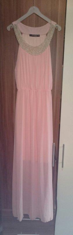 langes Kleid mit Perlenapplikation