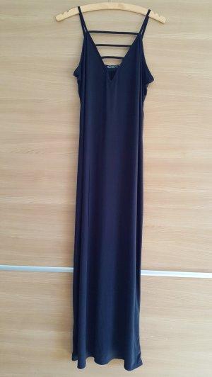 Langes Kleid schwarz von BooHoo Petit Gr. 40 #298