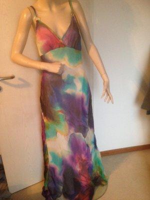 langes Kleid von APART