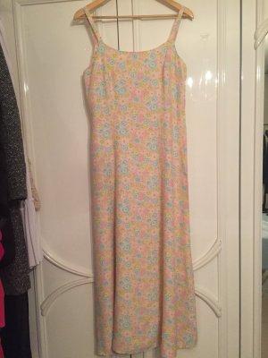 Langes Kleid von Benetton