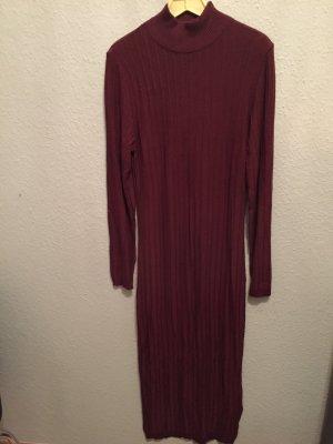 Langes Kleid von Strauss